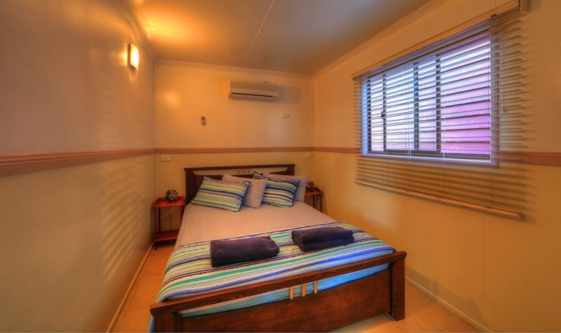 Deluxe Cabin bedroom